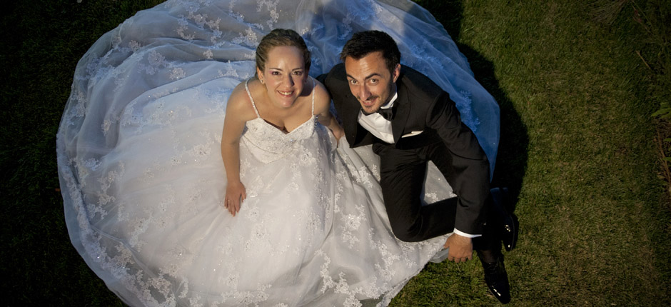 φωτογραφία γάμου - γαμπρός και νύφη